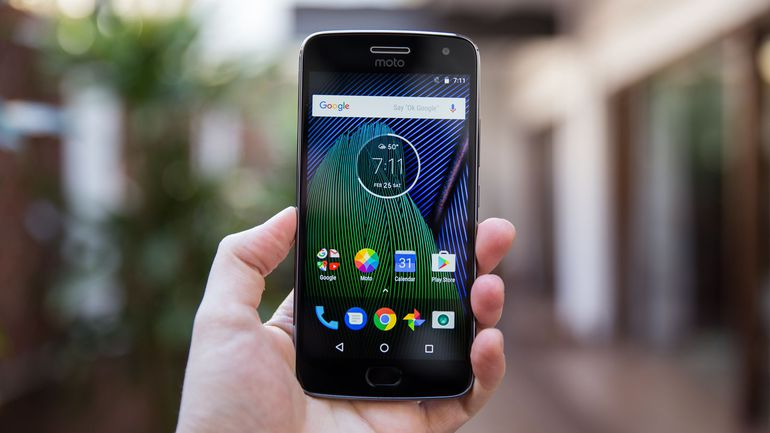 Download Moto G5 Plus NPN25.137-83 OTA Update